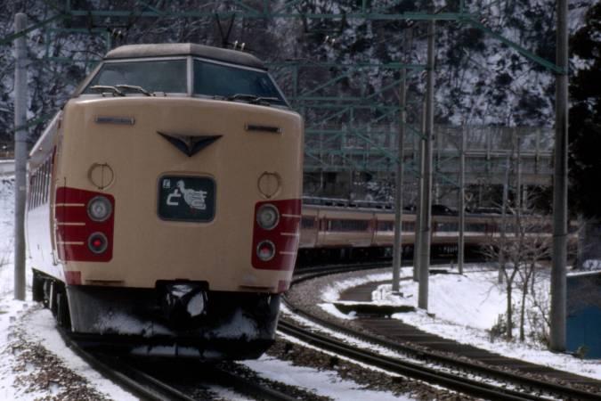http://www.uraken.net/railstation/ressha/ltd/toki003.jpg